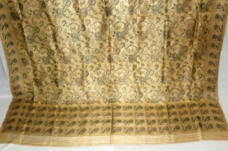 Old Real Zari Cream Dupatta From Banaras India. Dupatta in Cream by pure Silk Fabric.Made to order for some Royal Rajput Family of Rajasthan India.Its size is 152cm X 196cm.Perfect Condition.(DSC01550New).