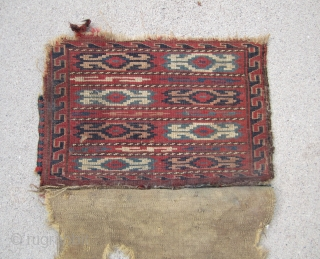 """Turkoman..... knotted , small Yomud bag.....Late 19th C......vegetal dyes .....complete w/ back....condition as shown..... 12"""" x  17""""  ( 30cm x 44cm )"""
