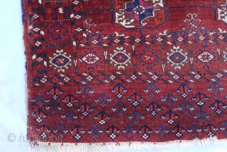 Antique Turkmen Tekke Khale wedding rug. Approx. 48 X 42 inches 122 X 107 cm).