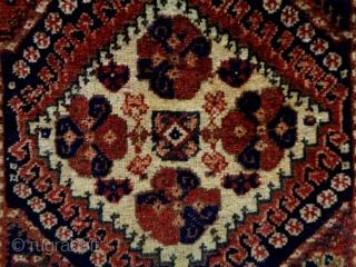 Luri/Qasqhay Bagface Size: 62x60cm Natural colors, made in circa 1910
