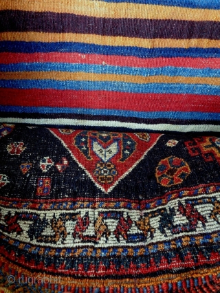 Qasqhay Bag Size: 68x62cm (2.3x2.1ft) Natural colors (except the red color is probably not natural), made in circa 1910/20