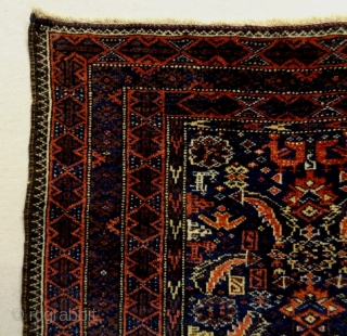 Very Fine Baluch Bagface Size: 90x80cm Natural colors, made in circa 1910, there is silk at the birds and an old repair (see picture 5).