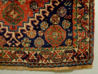 Fine Qashqhay Bagface Size: 62x62cm Natural colors, made in the period 1910