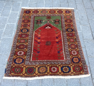 Early 19th Century Central Anatolian Konya Prayer Rug size 102x140 cm