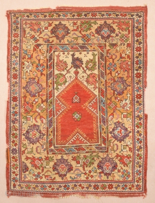 Lovely West Anatolian Milas Prayer Rug circa 1840 size 112x150 cm