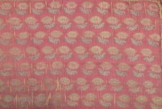 18th Century Safavid Brocade size 77x80 cm