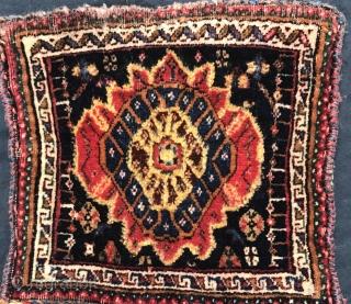 Very fine Qashqai chanteh 1880 circa 30x28cm