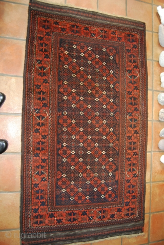 Old Baluch rug, 103 x 181 cm, with animals, slight traces of use, but rather good condition with 10 cm finely woven kilim ends at top and bottom, caucasian border