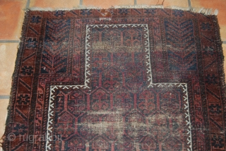 Old Baluch/Timuri prayer rug, 90 x 105 cm, condition issues with wear and one repair at top center