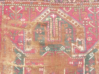 size: 105 x 118 (cm)
