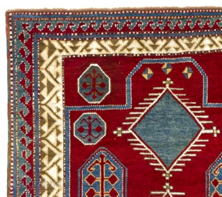 an Outstanding Bordjalou Kazak Rug in gallery condition, 4 x 4.9 Ft  (120x145 cm)