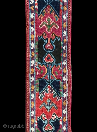 A brilliant antique silk embroidered Uzbek belt from Shahrisabz ( Shakhrisabz ) region of Uzbekistan and dates to second half of 19th century. These types of belts were one of the most  ...