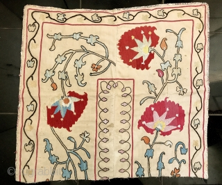 An elegant antique Uzbek Samarkand silk suzani fragment dating to 19th century. Though there are a lot of younger Samarkand suzani's in the market, very good antique examples (such as this) are  ...