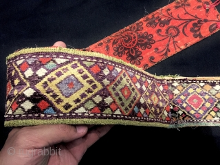 An exceptional antique Uzbek silk chain-stitched belt dating to the 19th century and possibly from shahrisabz region of Uzbekistan. The beauty of this piece really needs to be seen in person to  ...