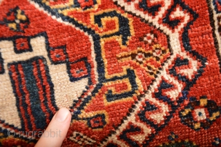"""Rare Madalion South Persian Antique  Qasqai  good pile some low spots in de middle All Natural colors as found very actractive kind of soumak back  aprox 20"""" x 19"""" inches"""