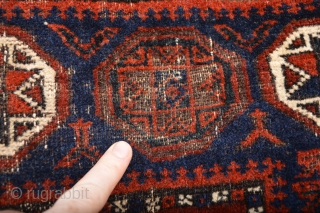 Beautiful 1880's Pinwheel Border Baluch Bagface, Goodsaturated colors Electric Blue Pinwheels with 8 white stars.. Orginal Kilim ends,  Telling a Bigstory Patern Check and see:)  Coroded Black/Brown  size 84 x 79 centimeters