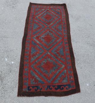"""Antique Kirgyz Felt Rug Size:8'7x3'10""""        258 x 118 Cm..."""