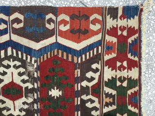 "Anatolian kilim (Toros Sari kecili) 19th Century  Size:325x175 Cm\5'8""x10'8"""