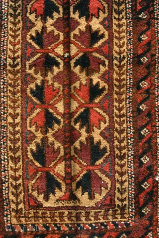 (22) Beludj balisht, 50 x 89 cm., with woven back, perfect condition, saturated dyes incl. aubergine.