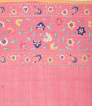 19th Century Indian Textile It's in Perfect Condition Size 70 x 128 Cm