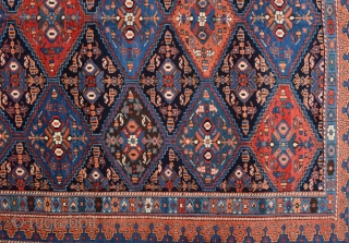 Colorful Persian Avshar Rug It's in good condition and untouched one size 175 x 210 cm