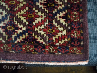 "Jomud group, Asmalyk-gul torba. 45"" X 16.""  Symetric knots 8H X 15V. Great color, some wear, as shown. Great color, but weft shows dye-transfer.  Attractive piece."