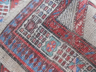 191 x 105 cm. Antique persian SARAAB-Azerbaijan-Iran  Very good condition. Only one selvedge has not in good condition: all the carpet is in very good pile and has not problem. More info or pictures on  ...