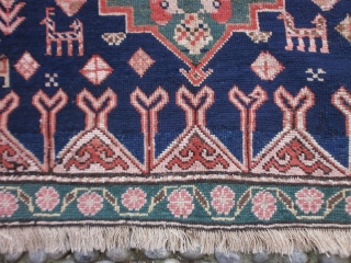 482 x 133 cm Antique CAUCASUS KARABAGH-LAMBA village. In very good condition. All wool. More pictures on request, thanks!  WARM REGARDS   from COMO-lake!