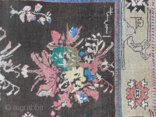 255 x 142 cm Antique KARABAGH in good condition. Wool on wool. Original pattern with roses and birds. All natural and soft colours. This antique piece has been knotted with date and has been signed.  ...