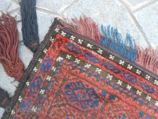 121 x 70 cm OLD AFGHAN Belouch balisht Shiny and soft wool for this Balouch. In very good condition = Washed. All complete.  GREETING from Lake of COMO