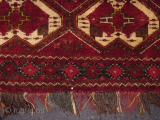 137 x 40 cm. Torba Chodor, Ersari group. It's in perfect condition. Beautiful palette color. Other info or photos on request. GREETING from COMO-LAKE!