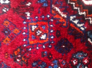 This antique rug is an old hand knotted Qashqai(also known as Shiraz), came in 308cm * 210cm, made of fully saturated shiny colored goat hair. The flowers and shapes are woven beautifully  ...
