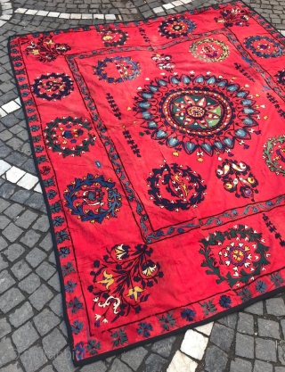Vintage Uzbek Suzani bedcover ,tablecover, for sofas, hanging wall, decoration for your home  100% handmade  Size: 210 cm X 190 cm   Suzani  Suzani is a type of embroidered and decorative tribal textile made in Tajikistan, Uzbekistan,  ...