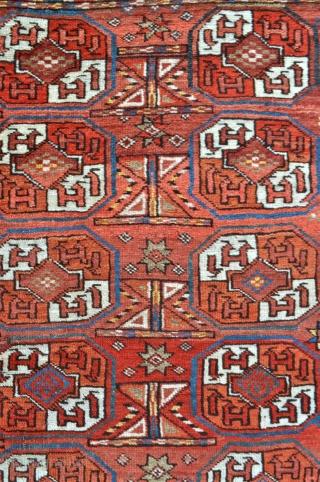 Ersari Turkmen Wedding rug - 3'6 x 4'5 - 106 x 135 cm.