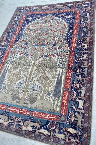 Fine Antique Kashan Pictorial rug - 4'6 x 6'6 - 137 x 198 cm.