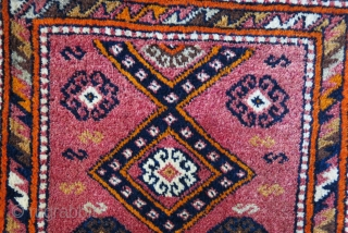 """Eastern Turkey - Gaziantep pillow case with backing. Possibly Kurdish origine. Light cochineal color background. Circa 1920- 30s. Full pile, great condition.  Size: 35"""" - 20"""" - 90 cm X 50 cm."""