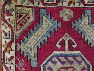 "Anatolian Mudjur yastik. Size: 22"" x 40.5"" - 56 cm x 103 cm."