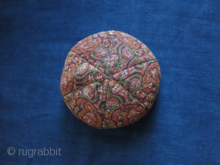 Persia - Kerman  Wool Dervish hat / Kollah. Made with hand loomed six pieces wool fabric, paisley motifs covering all around. The colors are very saturated naturl dyes. It is lined  ...