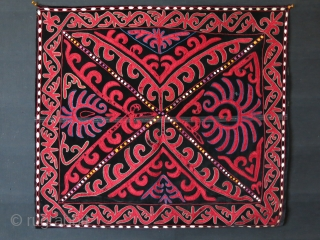 "Kirgiz ceremonial trapping, silk embroidery on velvet, little wears on embroidery. Printed cotton backing. Cica: 1920-1930 Size : 32"" X 28"" - 82 cm X 72 cm"