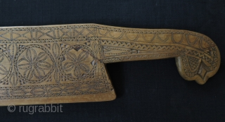 "Anatolian weaving comb & knife. Size: 4"" x 18.5"" - 47 cm x 9.5 cm."