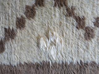 "Konya Karapinar tribal rug, natural wool, Camel hair and angora flilk all there are mixed here. Circa 1920- 1930 - size : 114"" X 38""  --  290 cm X 97  ..."