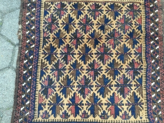 Antique camel ground Baluch prayer rug, unusual design. Beautiful collector´s piece. Size : ca 130cm x 90cm / 4'3'' x 3'ft