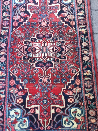 Beautiful small Persian Bidjar rug in good condition, age: circa 1920 , size: ca 135cm x 80cm/ 4'5''ft x 2'7''ft