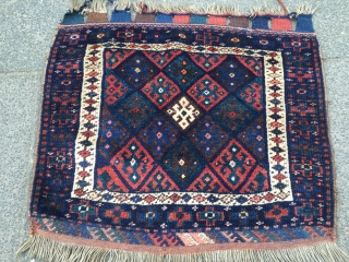 Antique Kurdish Jaf bagface. Size : ca 77cm x 65cm / 2'6''ft x 2'2''ft  www.najib.de