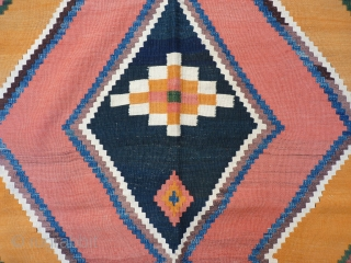 Large Qashqai kilim with strong graphics, all natural colours, each romb with a different pattern, 280x152 cms.