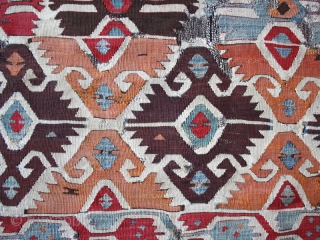 """Kilim fragment cod. 0674. One of the new items just posted on my website www.nonplusultra.cloud. Wool, natural dyes. South Anatolia. Early 19th. century. Dimension cm. 85 x 150 (34"""" x 59""""). Professionally  ..."""
