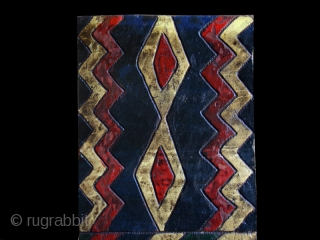 """Bench back cod. 0311. One of the new items just posted on my website www.nonplusultra.cloud. Wool with traditional colour. Ethiopia. Early/mid. 20th. century. Very good condition. Cm. 25 x 174 h. (10""""  ..."""