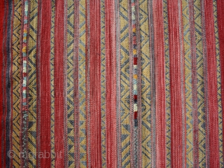 Kilim cod. 0278. wool. Berber people from South Tunisia. Mid. 20th. century. Very good condition.Size cm. 300 x 350 (79 x 138 inches).