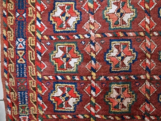 Handmade antique Persian Kurdish rug 3.9' x 7.5' (119cm x 230cm) 1920s - 1C499