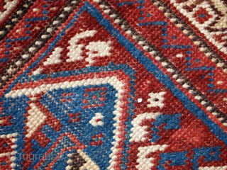 #1C254  Hand made antique Persian Shiraz rug 3.4' x 5' ( 105cm x 155cm ) C.1920s